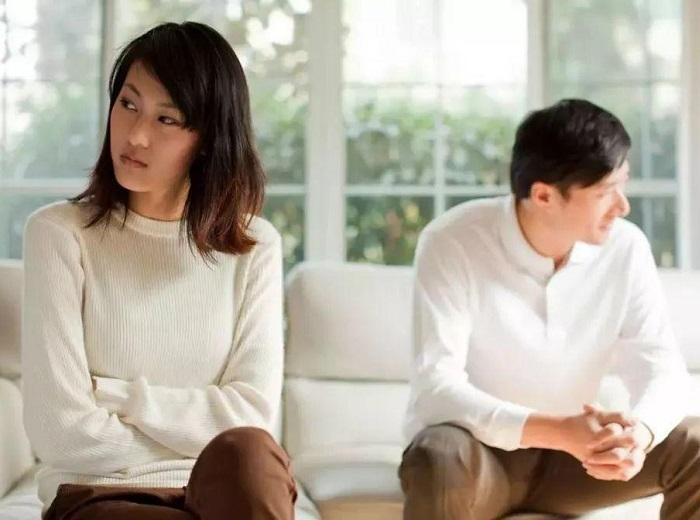 长篇小说妻子出轨代价_出轨的代价_出轨女人的自白小说 妻子出轨
