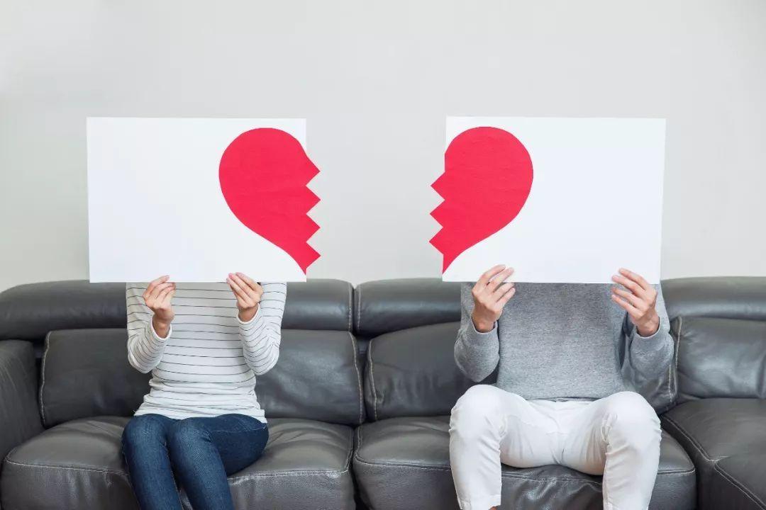 婚久必痒 出轨_宁静被曝隐婚10年出轨又离婚_婚内出轨
