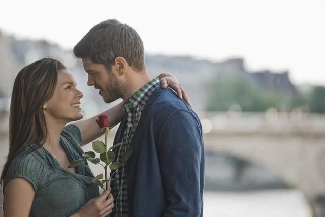 中年男人遇见真爱表现_五十岁男人婚外情_婚外情中男人真爱的表现