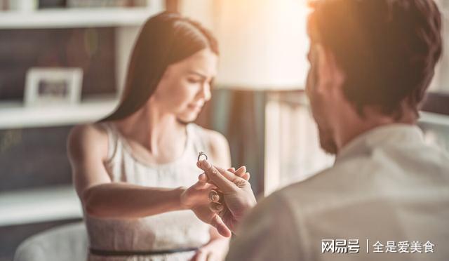 出轨后的婚姻_婚姻出轨了_出轨对婚姻的影响